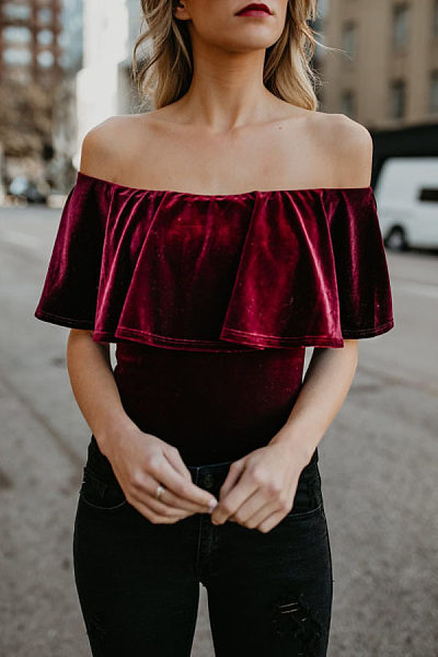 Off Shoulder  Flounce  Plain Bodysuits