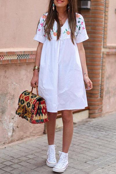 V-Neck Short-Sleeved Printed Casual Dress