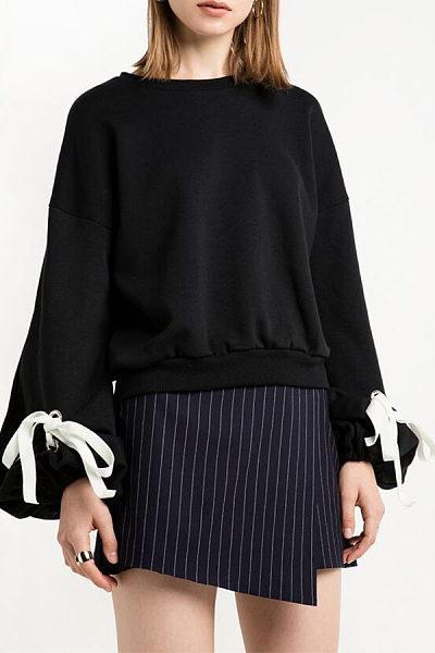 Round Neck  Bowknot  Bishop Sleeve Sweatshirts