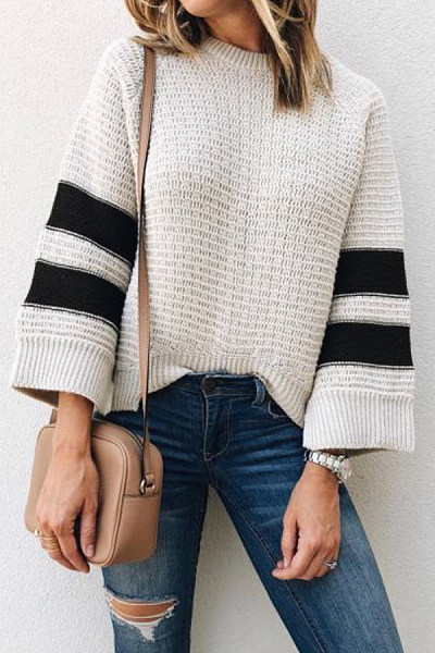 Round Neck  Loose Fitting  Striped Sweaters