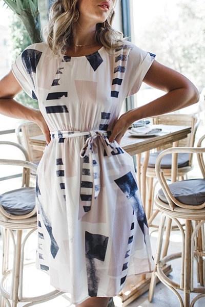 Crew Neck  Belt  Geometric  Short Sleeve Casual Dresses