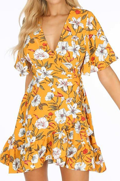 V Neck Floral Flounce Bell Sleeve Casual Dresses