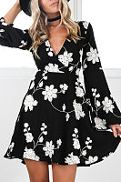 V Neck  Printed  Bell Sleeve Casual Dresses