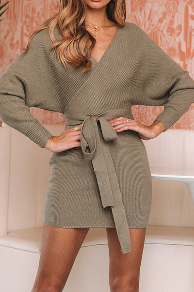 Casual Cross V-Neck Solid Color Bat Sleeve Tie Knit Dress