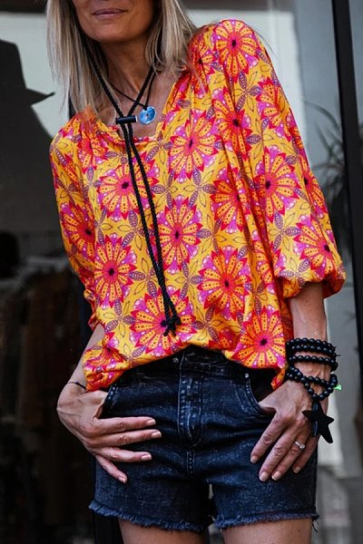 Casual V-Neck Flower Print Long-Sleeved T-Shirt