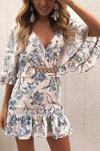 V Neck  Printed  Petal Sleeve  Short Sleeve Skater Dresses
