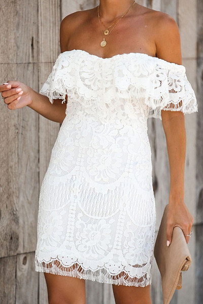 Collarless  Ruffle Trim  Lace Bodycon Dresses
