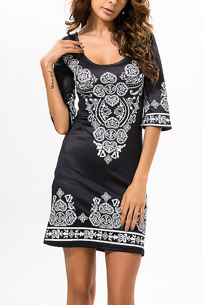 Round Neck Printed Three Quarter Sleeve Bodycon Dresses