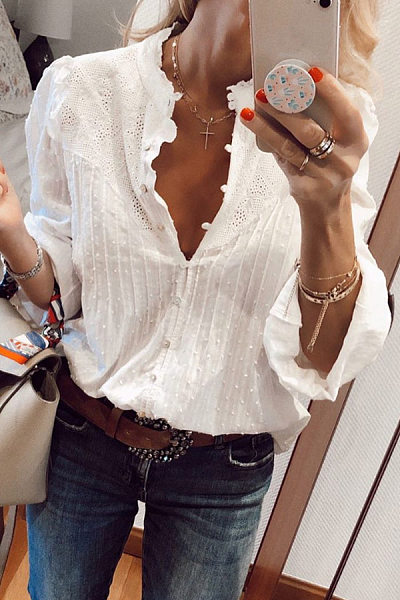 Round Neck Single Breasted Lace Blouse
