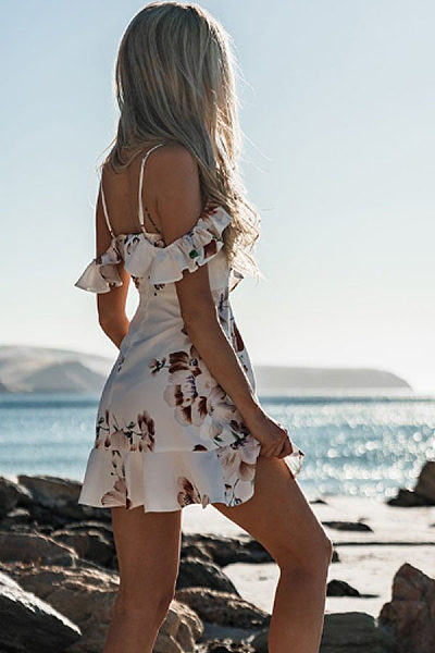 Spaghetti Strap  Asymmetric Hem Flounce  Floral Printed  Short Sleeve Casual Dresses