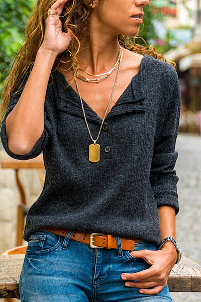 Round Neck Buttons Plain T-shirt