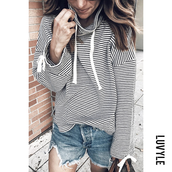 White Black High Collar Striped Rope Casual T-Shirt White Black High Collar Striped Rope Casual T-Shirt