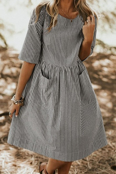 Fashion Striped Solid Color Short Sleeved Casual Dresses