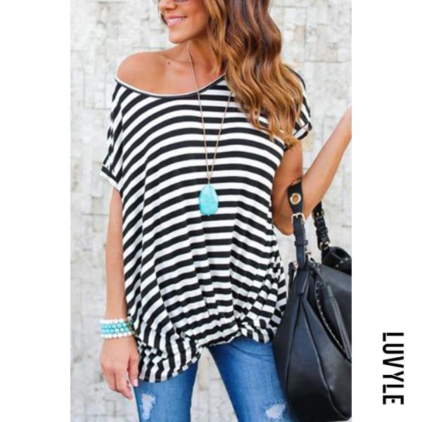 White Black Round Neck Asymmetric Hem Striped T-Shirts White Black Round Neck Asymmetric Hem Striped T-Shirts