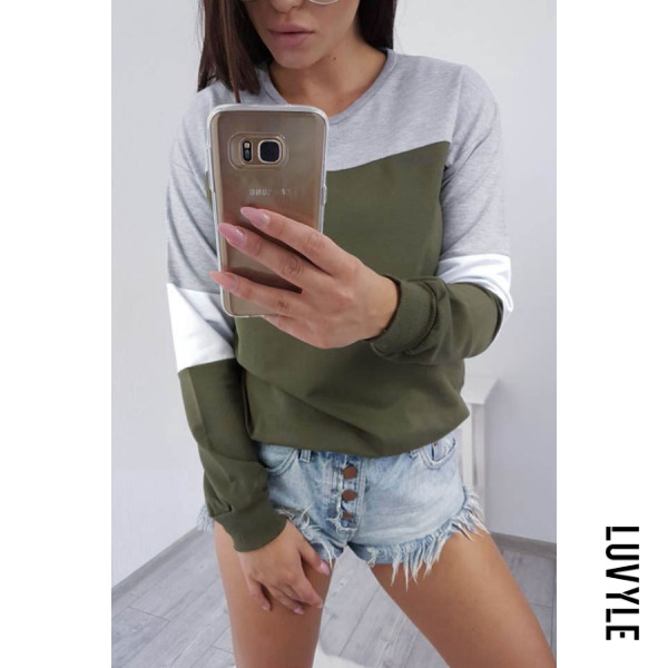 Green Round Neck Color Block T-Shirts Green Round Neck Color Block T-Shirts