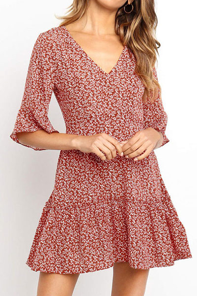V Neck  Printed  Bell Sleeve  Half Sleeve Casual Dresses