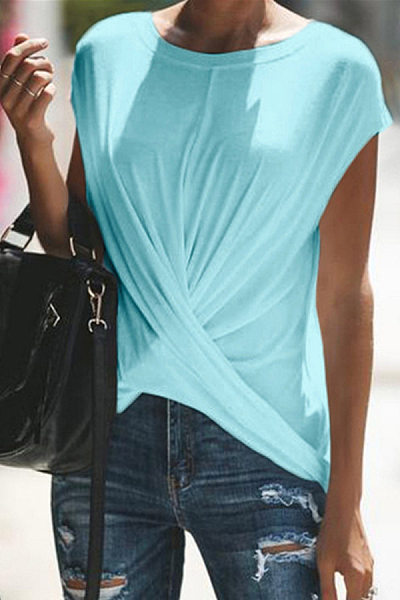 Casual short-sleeved top