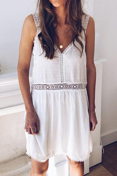 V Neck  Decorative Lace Patchwork  Plain  Sleeveless Casual Dresses