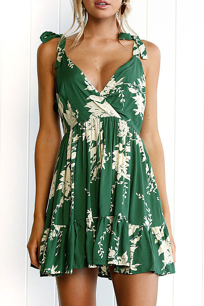 V Neck  Backless Ruffled Hem  Printed Casual Dresses