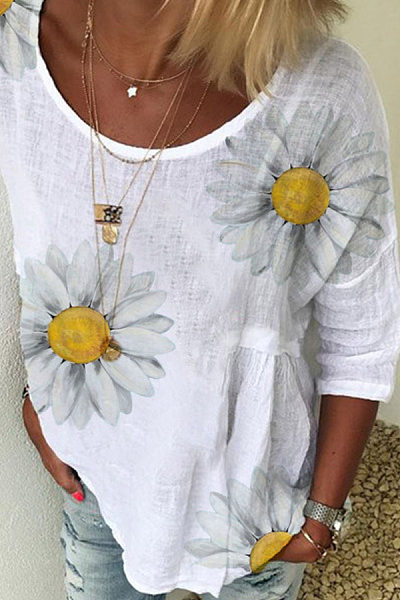 Daisy Printed Round Neck Short Sleeve T-shirt