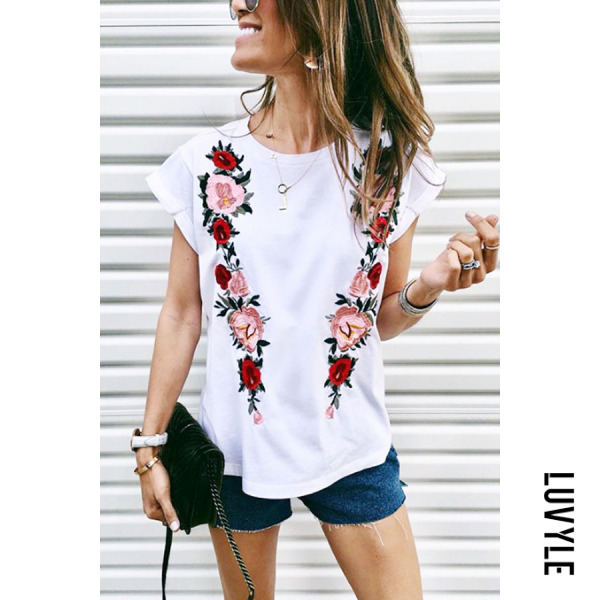White Round Neck Floral Printed T-Shirts White Round Neck Floral Printed T-Shirts