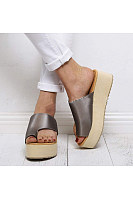 Women's toe wedge slippers