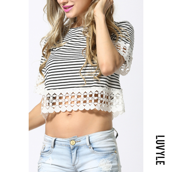White Black Crew Neck Exposed Navel Striped T-Shirts White Black Crew Neck Exposed Navel Striped T-Shirts
