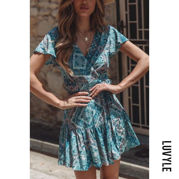 Blue V Neck Printed Short Sleeve Skater Dresses Blue V Neck Printed Short Sleeve Skater Dresses