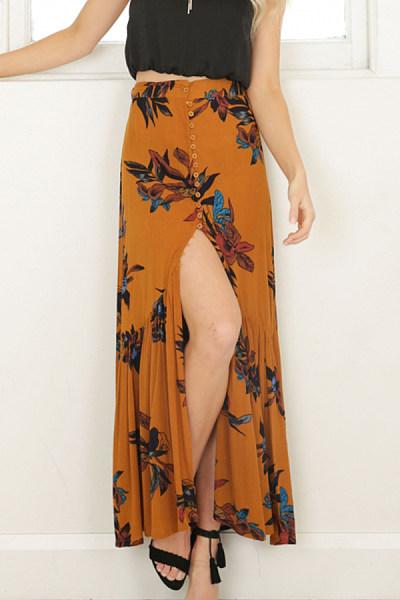 Decorative Buttons  Print Skirts