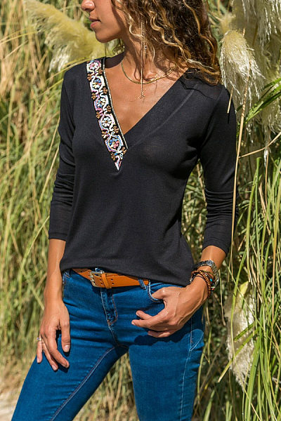 Fashion Deep V Embroidery Stitch Long Sleeve T-Shirt