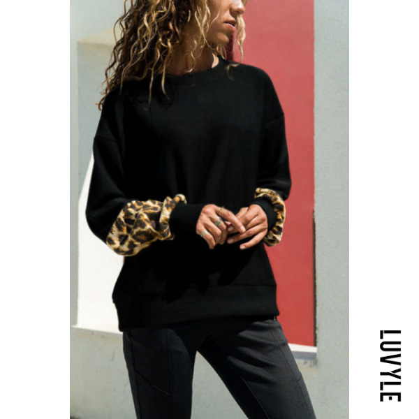 Black Round Neck Leopard T-Shirts Black Round Neck Leopard T-Shirts