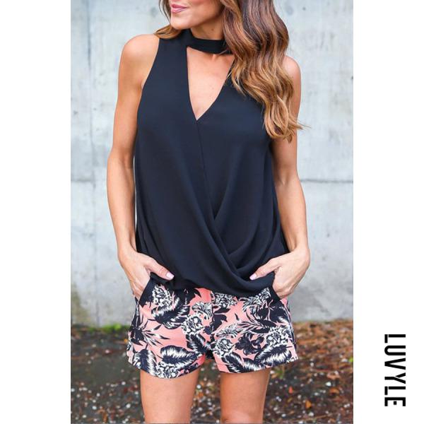 Black Halter Asymmetric Hem Cutout Plain T-Shirts Black Halter Asymmetric Hem Cutout Plain T-Shirts