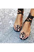 Women's fashionable flat strap sandals