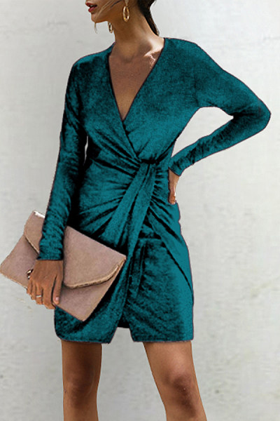 https://www.luvyle.com/deep-v-neck-plain-long-sleeve-bodycon-dresses-p-51243.html