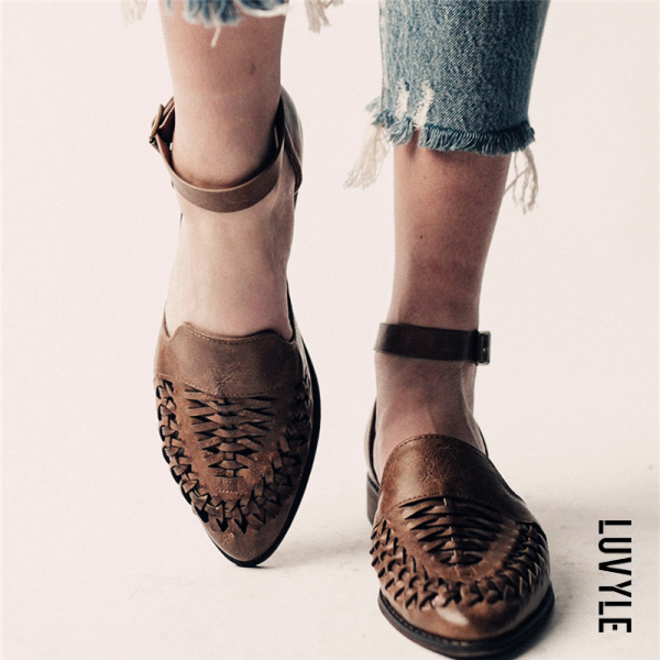 Brown Ladies Fashion Casual Low Heel Hollow Buckle Sandals Shoes Brown Ladies Fashion Casual Low Heel Hollow Buckle Sandals Shoes