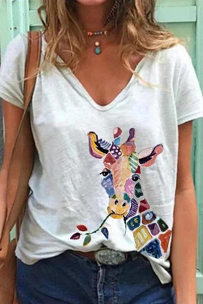 Giraffe Printed V Neck T-shirt