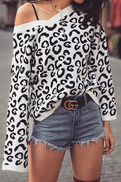 V-Neck  Leopard Sweaters