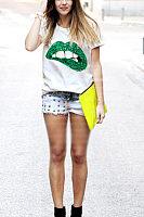 Round Neck Lips Glitter T-Shirts