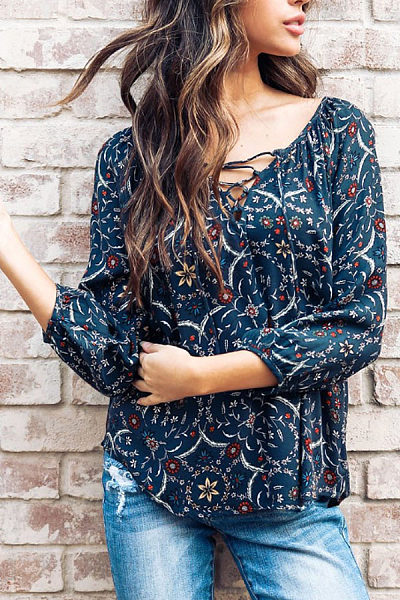 V Neck  Contrast Stitching  Printed  Blouses
