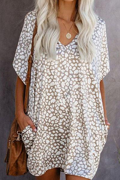 Fashion - a new leopard print v-neck casual dress