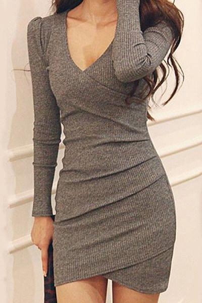 Ladies Fashion V-neck Long Sleeve Knit Dress