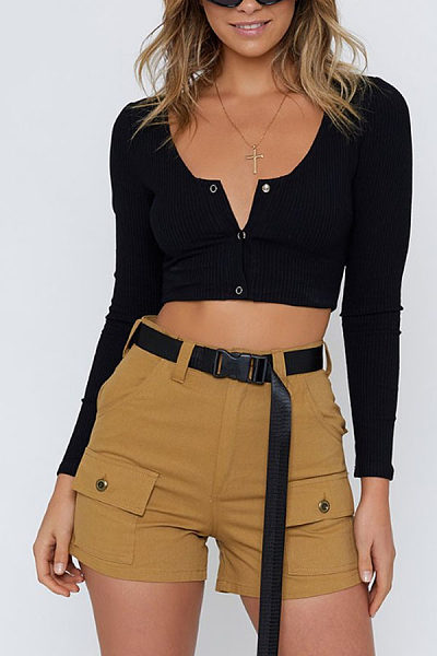 Round Neck  Single Breasted  Exposed Navel  Plain T-Shirts
