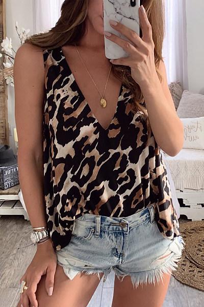 V Neck  Loose Fitting  Leopard Printed  Basic Camis