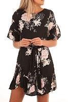 Round Neck  Belt  Printed  Bell Sleeve  Half Sleeve Casual Dresses