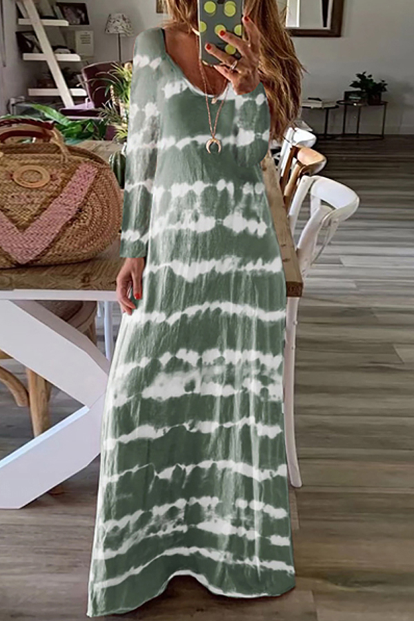Spring Look - Lovely Casual Loose Maxi Dress with long sleeves and printed batik