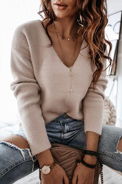 Casual V-neck khaki versatile knit T-shirt