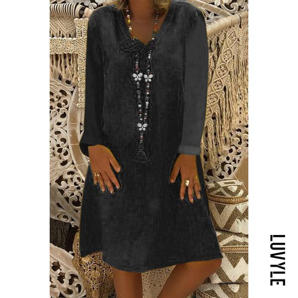 Black Casual Solid Color V-Neck Loose Long-Sleeved Dress Black Casual Solid Color V-Neck Loose Long-Sleeved Dress