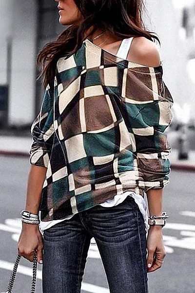 Loose Fitting Round Collar Printed Plaid T-Shirt