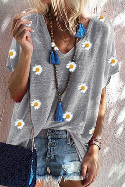 V Neck Short Sleeve Loose Daisy T-shirt