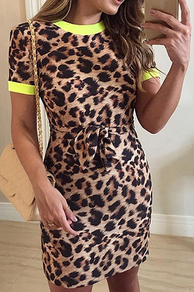 Round Neck  Leopard Printed  Short Sleeve Bodycon Dresses